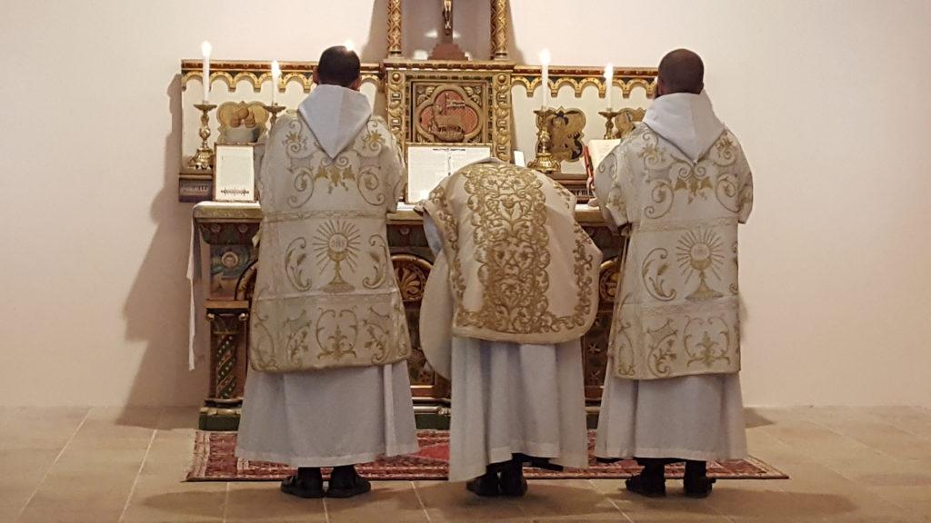 Nursija, Benediktinci, TLM